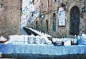 Via Moglio apparecchiata per la Cena degli Arcieri